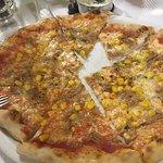 Valokuva: Pizzeria gato pardo