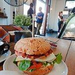 Burger Me Fresh照片