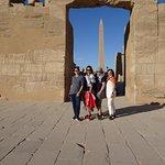 Us girls framed with the obelisk
