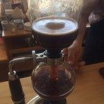 Café preparado en metodo siphon