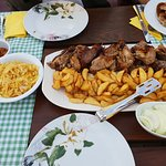 1kg of lamb with fries
