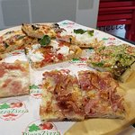 Pizza Zizza Caffetteria Birreria Desserteria fényképe