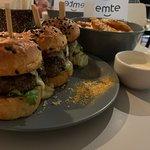 صورة فوتوغرافية لـ EMTE