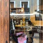 Pizzeria La Competencia照片
