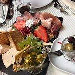 Foto Literacka Restaurant & Wine Bar