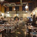 صورة فوتوغرافية لـ Zajal Restaurant