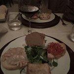 Crostini misti: paté di fegato, pomodoro, aglio e olio, cannellini e lardo