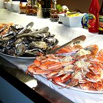 Every Friday and Saturday night is SEAFOOD BUFFET. A feast that shows some of our local produce at its best.
