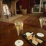 Champagne devant la cheminée