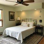 Hemlock Room with Organic Queen Mattress & 100% Organic Cotton Sheets