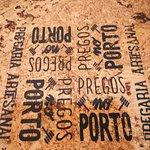 Fotografia de Pregos no Porto - Pregaria Artesanal