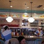 Photo de Beaches & Cream Soda Shop