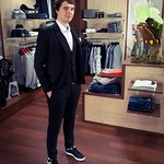 Let's start this last march week with Armin. In a slim black #suit and sneakers he is ready for the high school graduation #party.