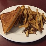 Grilled Cheese w/ Fries