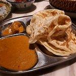 印度飛餅配吉隆坡咖喱汁