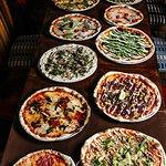 Linko pizzas