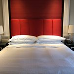 Sheraton Grand Macao Hotel - bed