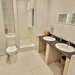 Dalens Self Catering Apartments six bathroom with shower only