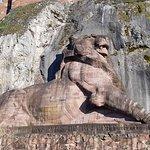 Différentes vues progressivement près de la citadelle et du Lion. Points de vues et terrasse du Lion.