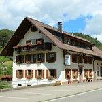Zdjęcie Landgasthaus zu Hirschen
