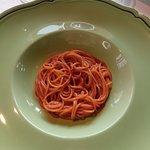 Spaghettino unto in rosso
