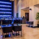 Bar/Lounge (385579200)