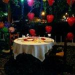 Reserva tu mesa, nos gusta compartir tus momentos felices  0990420749