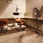 Striving to set an example, our salon & spa is established to maintain an immersive atmosphere for relaxation and rejuvenation in the heart of Los Angeles.