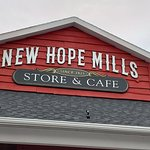 Foto di New Hope Mills Store and Café
