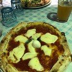 Foto di Regina Margherita cucina e pizzeria Napoletana