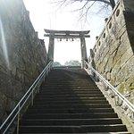 神社参道(下から)