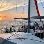 Octopus Aruba - Champagne Brunch - Afternoon Sailing - Sunset Cruise - Private Sailing - Boat Rental - Aqua Donut Boat - Water Sport Activities