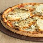 Pizza 4 fromages des Alpes