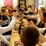 Dégustation de fromages et de vins pour nos étudiants adultes