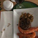 Riz djondjon et ses fruits de mer: Gambas et Lambi