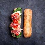 Snack bar, paninoteca e Piatti Mességué