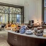 Carters Champagne Bar & Grill breakfast buffet