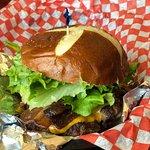 ภาพถ่ายของ Burger Revolution
