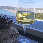 Cala Moresca ristorante wine