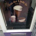 صورة فوتوغرافية لـ Banketbakkerij Van Der Linde