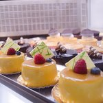 Mangos & Chocolate Mouse Cakes