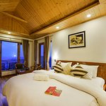 ZostelX Koti Luxury Room with Balcony