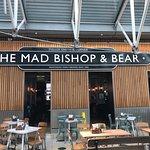 صورة فوتوغرافية لـ The Mad Bishop & Bear