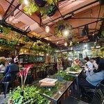 ภาพถ่ายของ Aoyama Flower Market Tea House