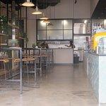 ภาพถ่ายของ Hangar 4 Cafe