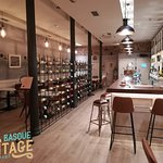 Photo de Basque Vintage Restaurant