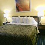 Days Inn by Wyndham Scranton PA