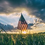 Visit Delaware for Memorial Day! ☺️ -Unofficial start to summer with warmer weather and lots of sunshine!🌞A day to look forward to! And our charming coastal state has many things to offer that will make your day one you will always remember! Whether you decide to relax on the beach with your family and friends🏝, visit Historic Lewes, take the Cape May-Lewes Ferry - very picturesque experience🛳,enjoy live music or stay at Driftwood Motel🏡, there's something for everyone in this coastal state!