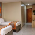 Interior - Fairway Hotel Photo