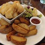 Hallomi, Chips and Chilli Jam